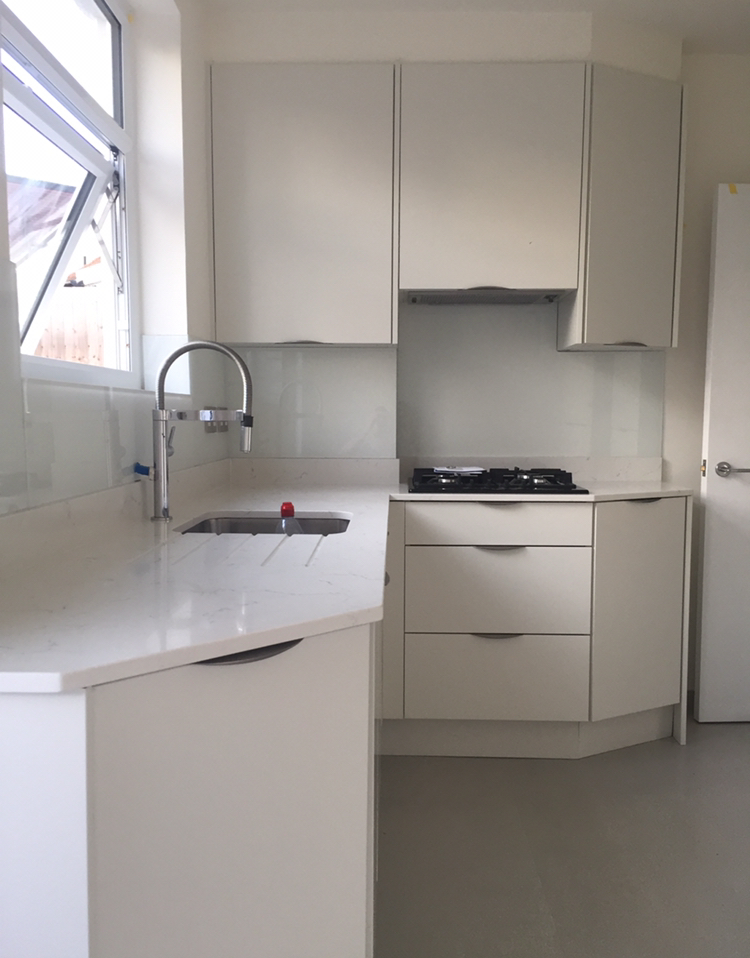 Kitchen Fitting - Scriveners Carpentry 02